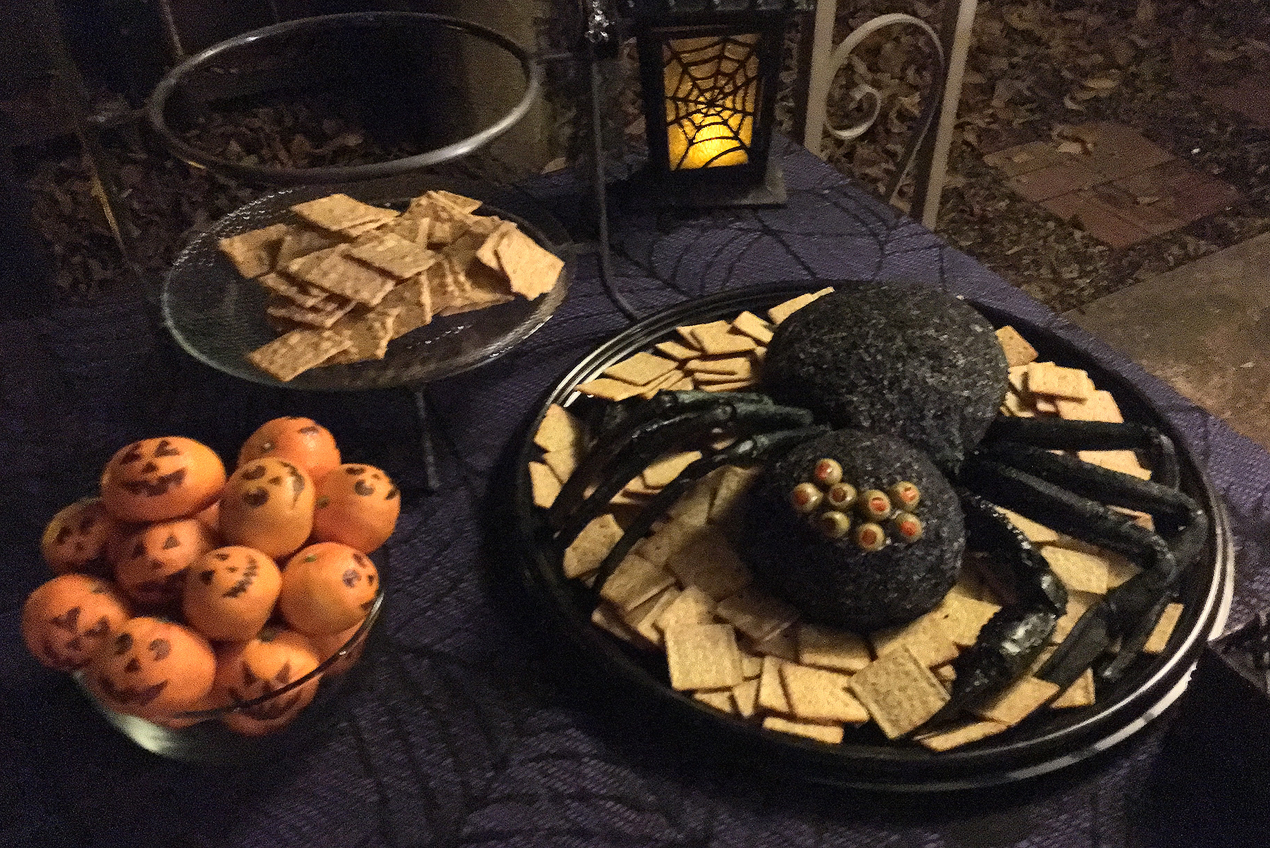 Mandarin Jack'O Lanterns and the Gargantula Cheese Ball